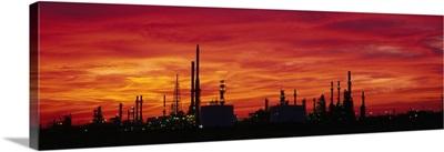 California, Bakersfield, oil refinery