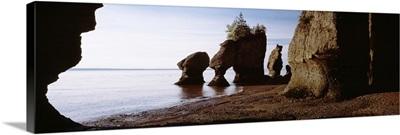 Canada, New Brunswick, Hopewell Cape, Flower Pot Rocks on the beach