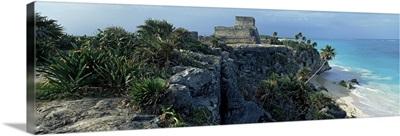 Castle on a cliff, El Castillo, Tulum, Yucatan, Mexico