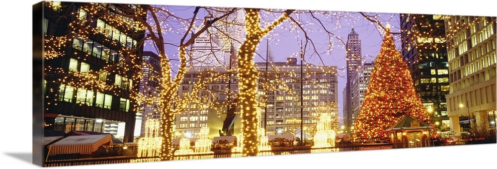 Christmas In Chicago.Daley Plaza Christmas Lights Chicago Il