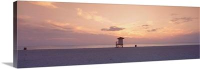 Florida, Venice, Venice Beach, Sunset over Gulf of Mexico