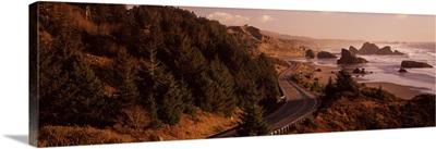 Highway along a coast, Highway 101, Pacific Coastline, Oregon,