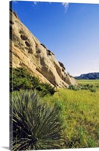 Limestone Outcroppings Of Missouri Breaks Upper Missouri