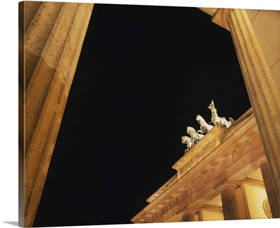 Low angle view of statues on a gate, Brandenburg Gate, Berlin, Germany