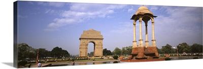 Monument in a city, India Gate, New Delhi, India