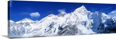 Mts Everest & Nuptse Sagamartha National Park Nepal
