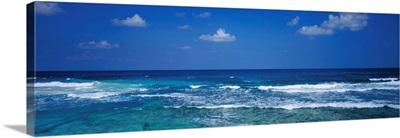 Ocean Waves Cancun Mexico