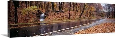 Ohio, Parkway, Euclid Creek