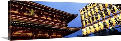 Paper lanterns lit up in front of Senso-ji temple, Asakusa, Taito Ward, Tokyo Prefecture, Kanto Region, Japan