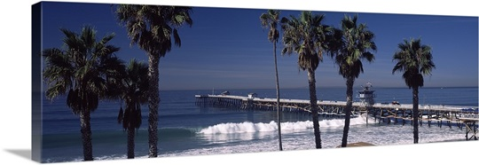 Pier over an ocean, San Clemente Pier, Los Angeles County, California