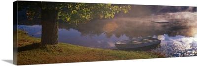 Rowboat Lake NH