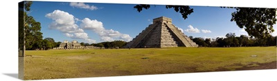 Ruins of a pyramid, Kukulkan Pyramid, Chichen Itza, Yucatan, Mexico