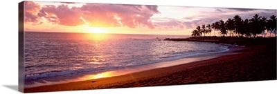 Sea at sunset, Honomalino Beach, Hawaii