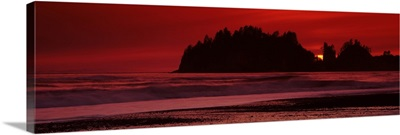 Silhouette of seastacks at sunset, Second Beach, Washington State,