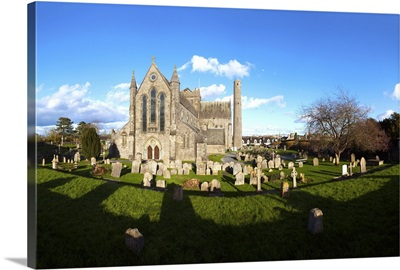 St Canice's Cathedral, Round Tower and churchyard, Kilkenny City, Ireland