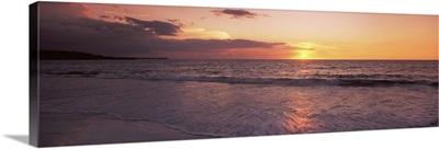 Sunset over the Pacific ocean, Hapuna Beach, Waimea, Hawaii County, Hawaii
