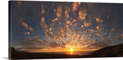 Sunset over the Pacific ocean, Kealakekua Bay, Kona Coast, Kona, Hawaii