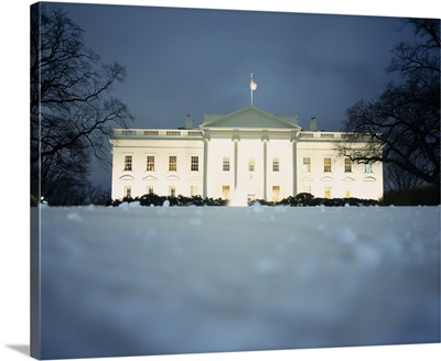 Surface view of snow in front of the White House, Washington DC