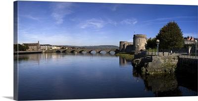 The Thormond Bridge and King Johns Castle, River Shannon, Limerick City, Ireland