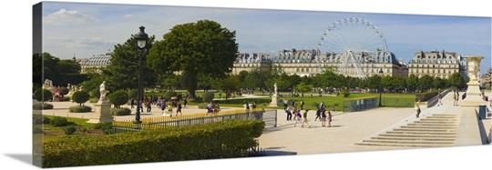 Tourists In A Garden Jardin De Tuileries Paris Ile De France France