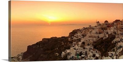 Village on a cliff, Oia, Santorini, Cyclades Islands, Greece