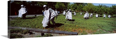 Washington DC, Korean War Memorial, Statues in the field