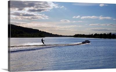 Water Ski ing on the River Suir, Fiddown, County Kilkenny, Ireland