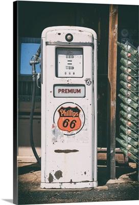 American West - Gas Station Premium 66