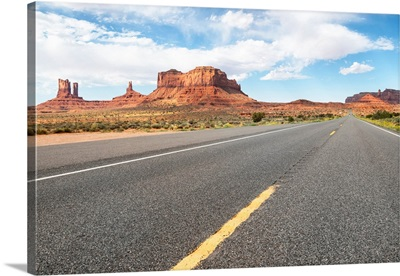 American West - On the Road in Monument Valley