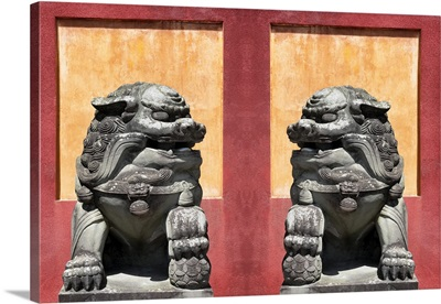 Asian Sculpture with two Lions