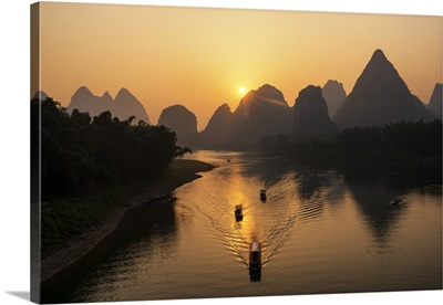 Beautiful Scenery of Yangshuo with Karst Mountains at Sunrise