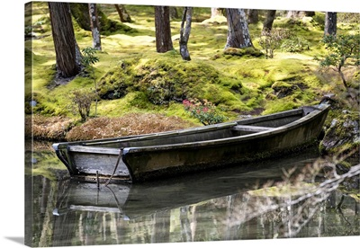 Japan Rising Sun Collection - Traditional Wooden Boat