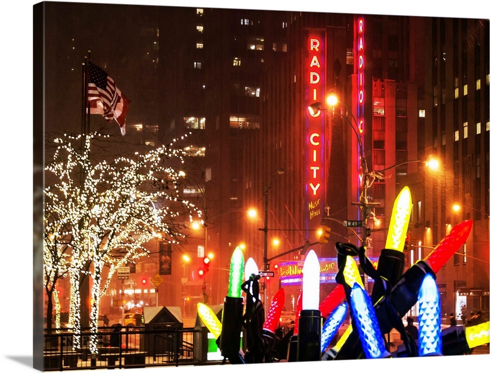 30+ Top New York Christmas Decorations
