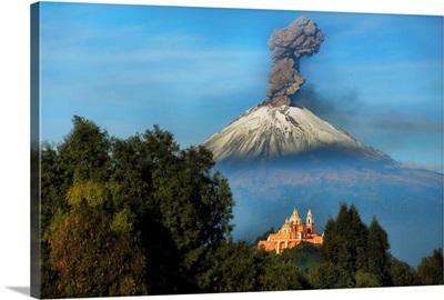 Popocatepetl Smoking