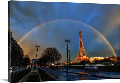 Rainbow over the Eiffel Tower
