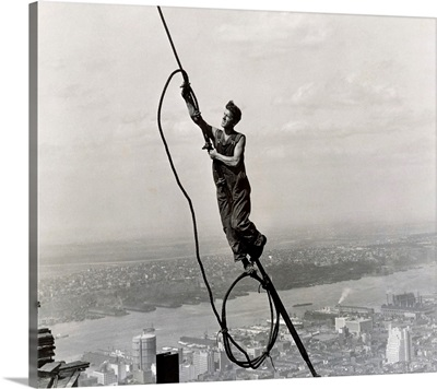 Icarus, Empire State Building