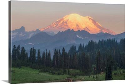 Mount Rainier Peak, Dawn, Upper Tipsoo Lake, Mount Rainier National Park, Washington