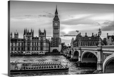 Riverboat on River Thames, Westminster, London, England, UK