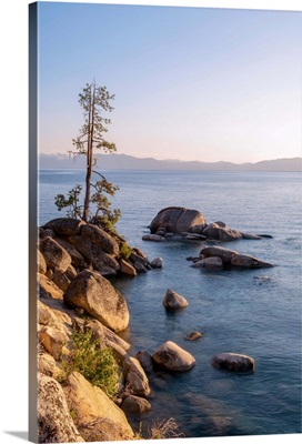 Rocky Shore, Lake Tahoe, California And Nevada