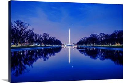 Washington Monument in Washington, DC at Night