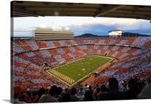 NCAA college football game between Tennessee and Oklahoma