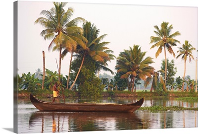 Boat on the backwaters, Allepey, Kerala, India, Asia