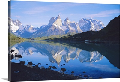 Chile, Patagonia, Torres Del Paine National Park, Cuernos Del Paine
