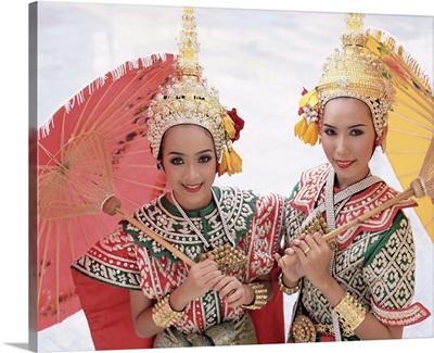 Dancers in traditional Thai classical dance costume, Bangkok, Thailand