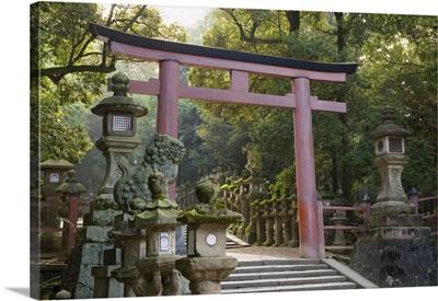 Entrance, Kasuga-Taisha Shrine, Nara, Kansai (Western Province), Honshu, Japan, Asia
