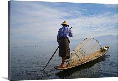 Fisherman on Inle Lake, Shan State, Myanmar