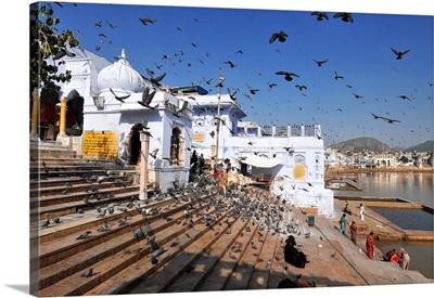 Ghats at Holy Pushkar Lake and old Rajput Palaces, Pushkar, Rajasthan, India