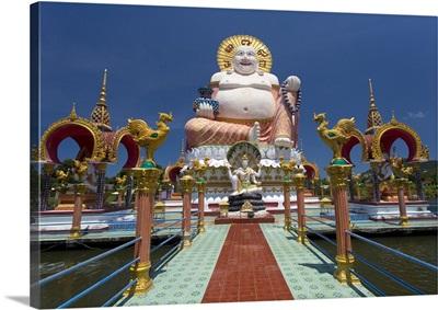 Giant Buddha image at Wat Plai Laem on the North East coast of Koh Samui, Thailand