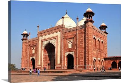 Main gateway, Taj Mahal, Agra, Uttar Pradesh, India