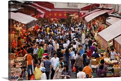 Market scene, Wan Chai, Hong Kong Island, Hong Kong, China, Asia